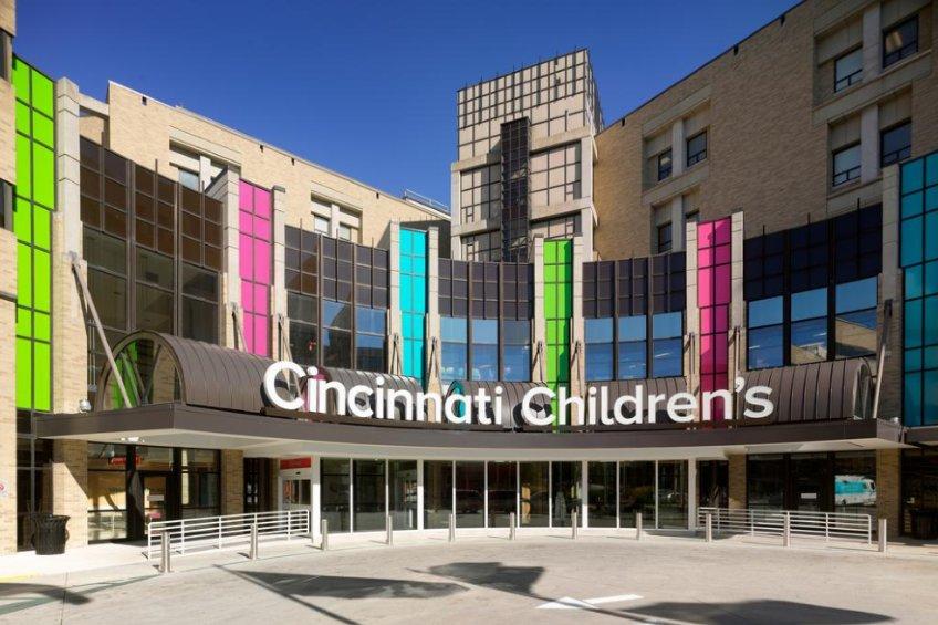 exterior of cincinnati children's hospital